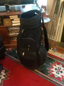 Knight Golf Bag in Excellent Condition